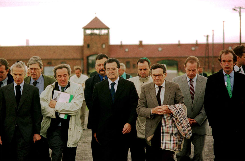 Romano Prodi, President of the EC, visits the Auschwitz-Birkenau old concentration camps