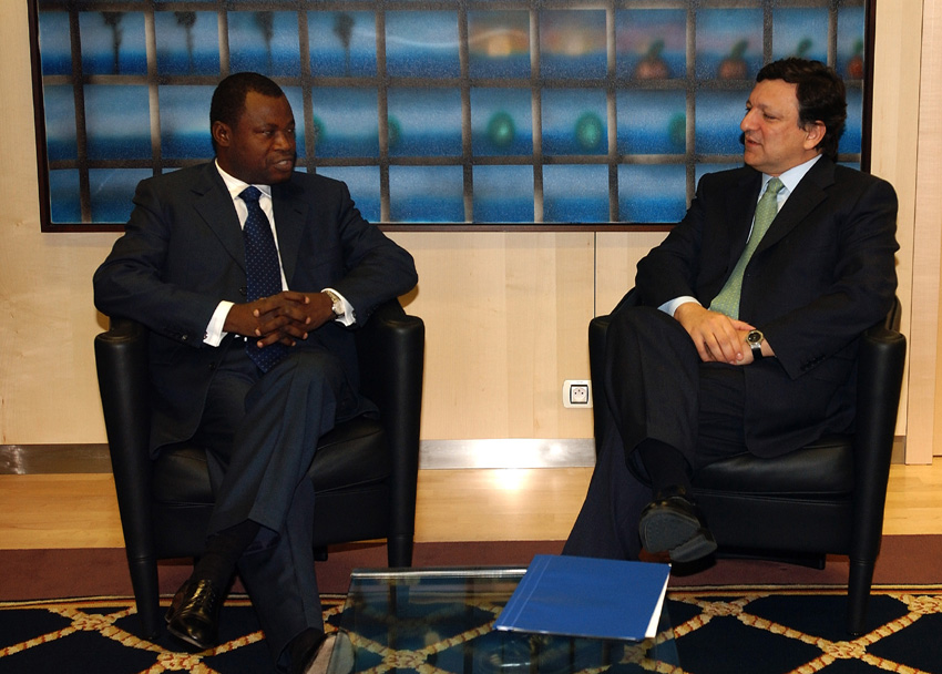 Visit of João Bernardo de Miranda, Angolan Minister for Foreign Affairs, to the EC