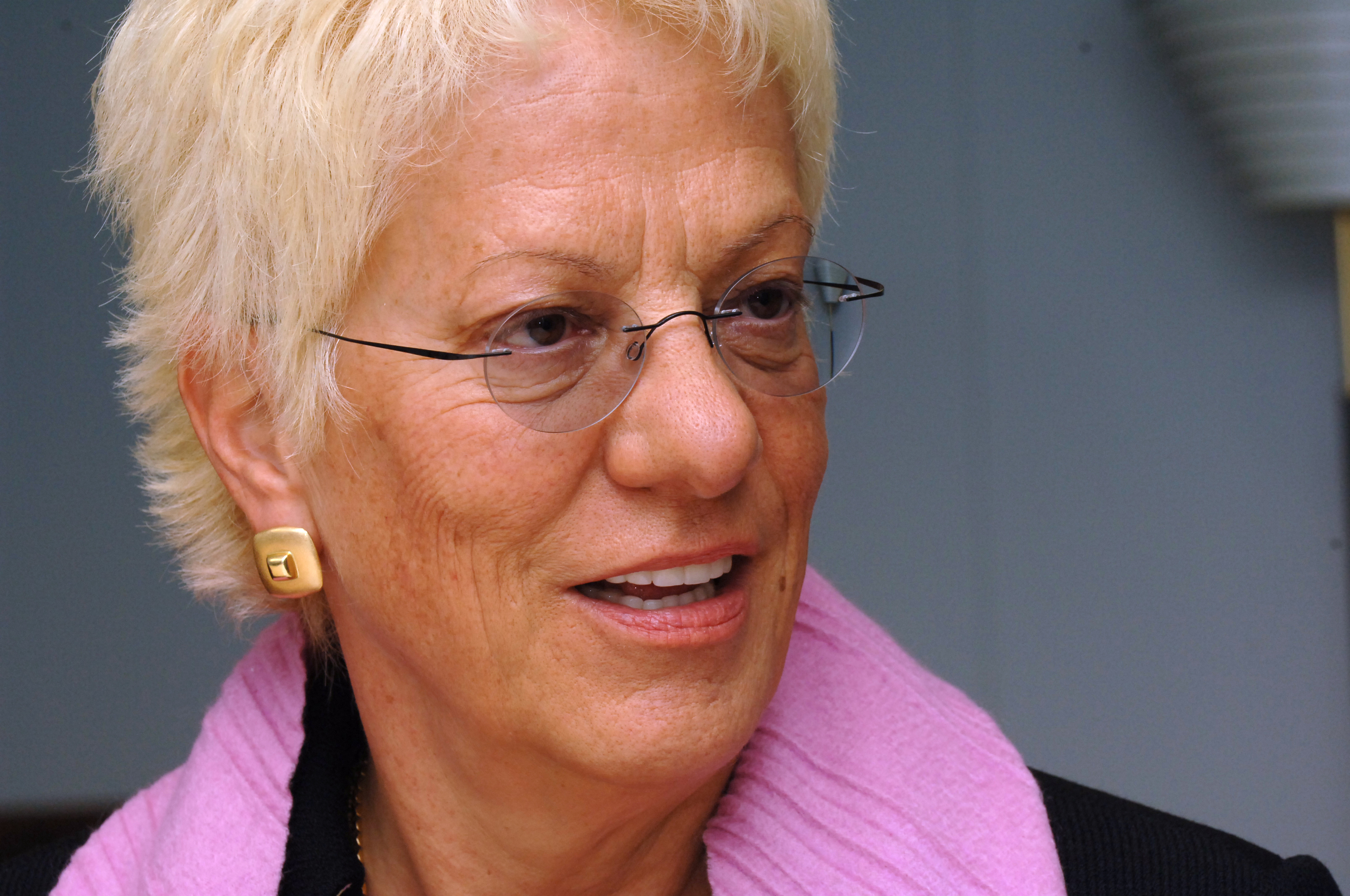 Visit by Carla Del Ponte, Prosecutor of the International Criminal Tribunal for the former Yugoslavia, to the EC