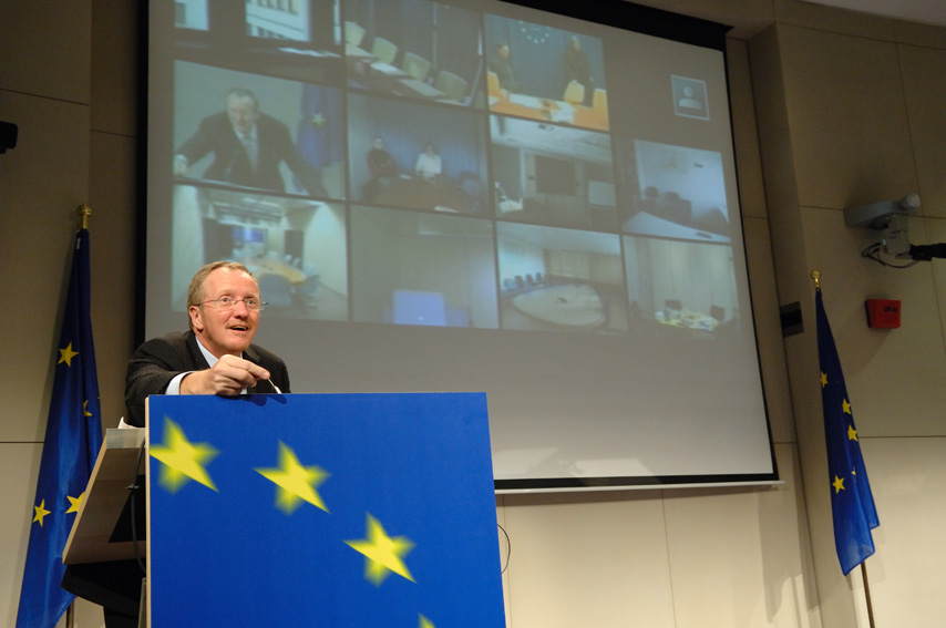 Günter Verheugen, Vice-President of the EC, at the video Conference for the EU Project Day