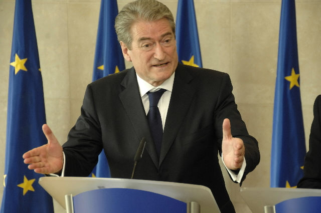 Visit by Sali Berisha, Albanian Prime Minister, to the EC