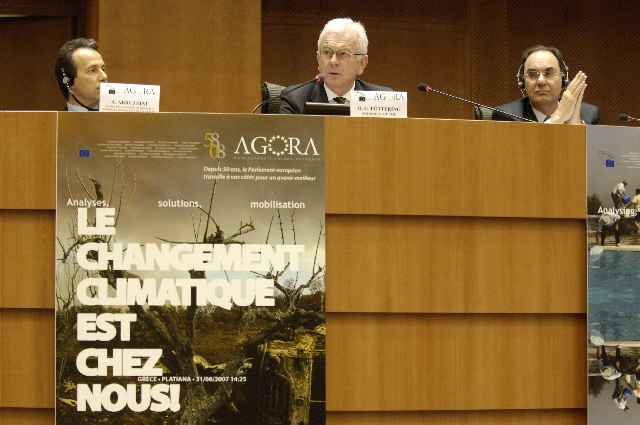 Participation of José Manuel Barroso, President of the EC, in the 2nd Citizen's Agora on climate change.