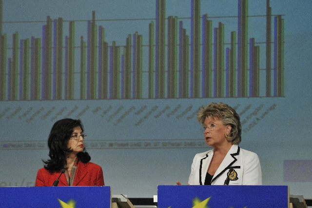Press conference by Meglena Kuneva and Viviane Reding, Members of the EC, on roaming