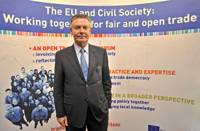 Visit Karel De Gucht, Member of the EC, to Prague