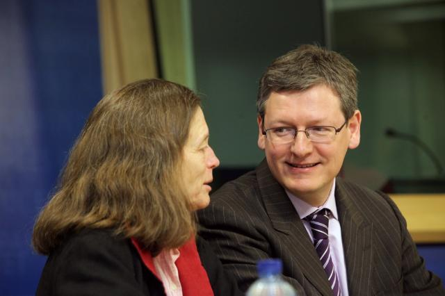Participation of László Andor, Member of the EC, at the 9th EU Meeting of people experiencing poverty