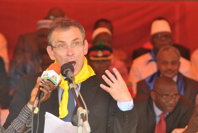 Visite d'Andris Piebalgs, membre de la CE, en Guinée