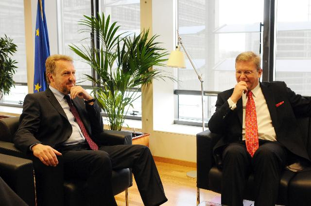 Visit of Bakir Izetbegović, Bosnian Member of the Presidency of Bosnia and Herzegovina, to the EC