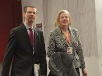 Uwe Corsepius, Secretary General of the Council of the EU, on the left, and Catherine Day, Secretary-General of the EC