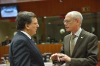 Discussion between Herman van Rompuy, on the right, and José Manuel Barroso