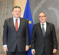 H.E. Amar Belani, Head of the Mission of Algeria to the EU, on the right, and José Manuel Barroso