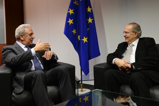 Visite d'Ioannis Kasoulides, ministre chypriote des Affaires étrangères, à la CE