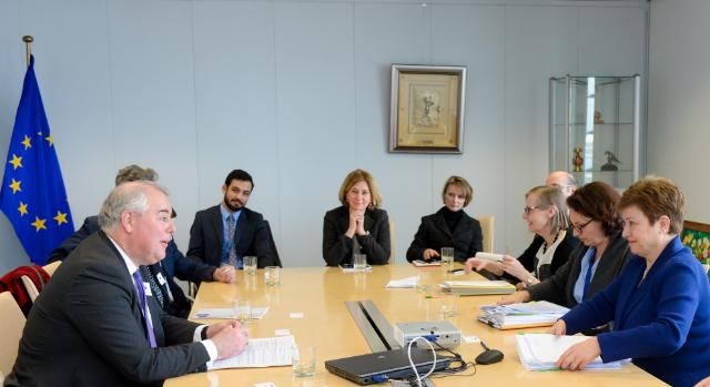 Visit of Members of the British House of Commons to the EC