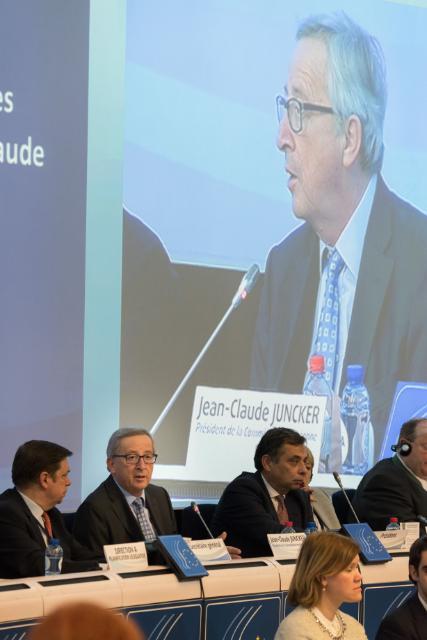Présentation par Jean-Claude Juncker, président de la CE, des orientations politiques pluriannuelles de la CE, à la session plénière du CESE
