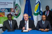 Signing of the Regional Indicative Programme with the regional organisations of West Africa under the 11th EDF, by Cheikh Hadjibou Soumaré, Neven Mimica and Kadré Désiré Ouedraogo (from left to right)