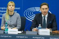 Joint press conference by Jyrki Katainen, Vice-President of the EC, and Elżbieta Bieńkowska, Member of the EC, on the 'Start-up and Scale-up' Initiative of the EC