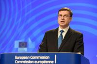 Press conference by Valdis Dombrovskis, Vice-President of the EC, Marianne Thyssen and Pierre Moscovici, Members of the EC, on the European Semester Package