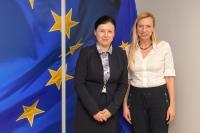 Visite de Juliane Bogner-Strauß, ministre fédérale autrichienne des Femmes, de la Famille et de la Jeunesse, à la CE