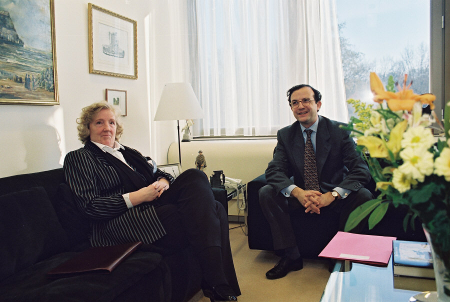 Visit by Birgit Breuel, General Commissioner of Expo 2000, to the EC