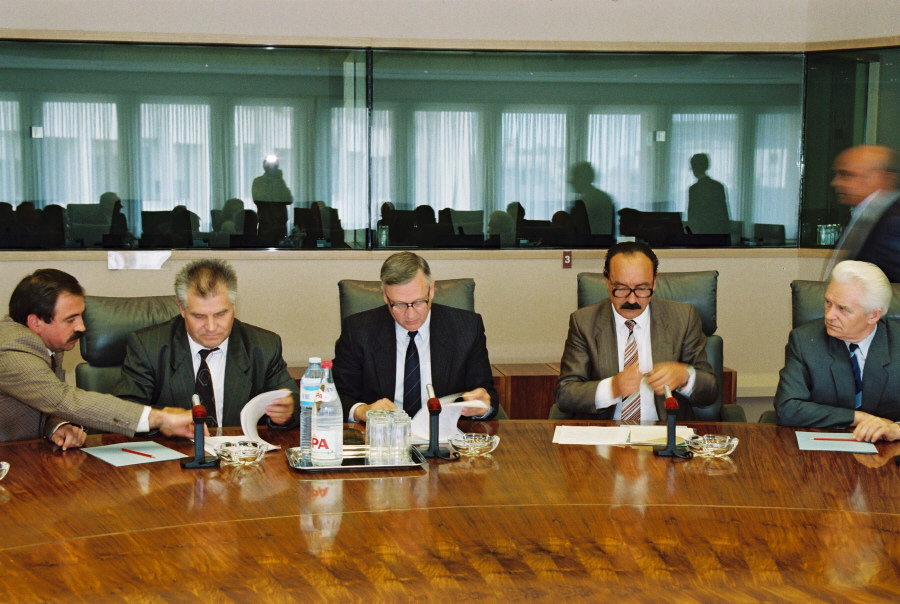 Signing of an agreement on Chernobyl between the CEC, Belarus, Russia and Ukraine