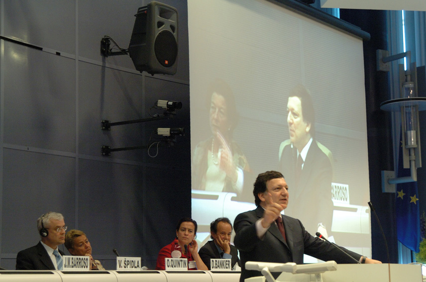 Participation of José Manuel Barroso, President of the EC, in the opening of the Restructuring Forum