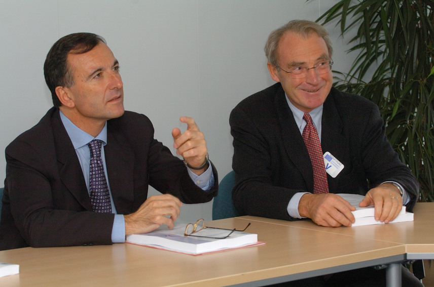 Presentation of the first report on migratory movement in the Mediterranean in 2005 to Franco Frattini, Vice-President of the EC
