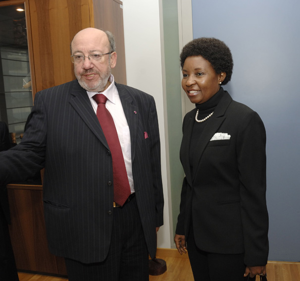 Visit by Asha Rose Migiro, Deputy Secretary General of the United Nations (UNO), to the EC