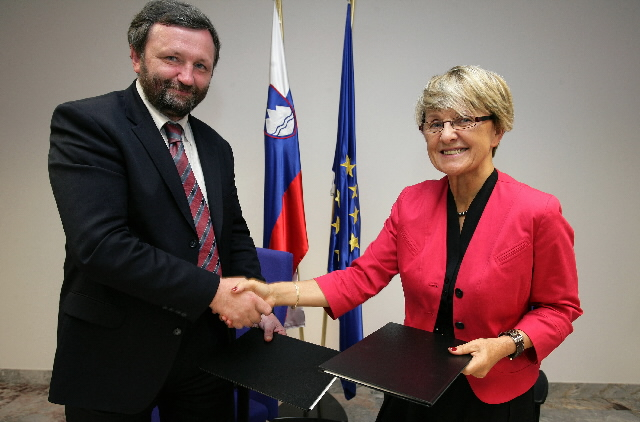 Approval of two Operational Programmes for Slovenia