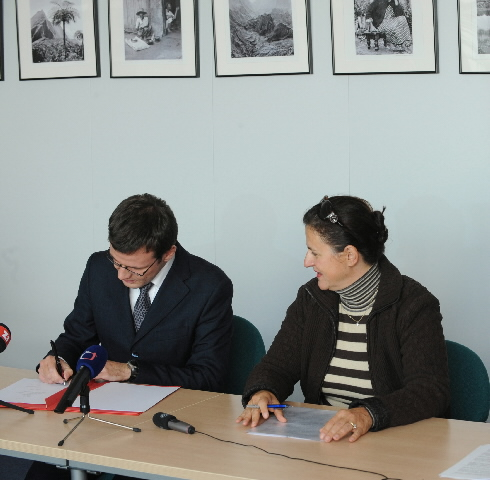 Signature of a Czech operational programme