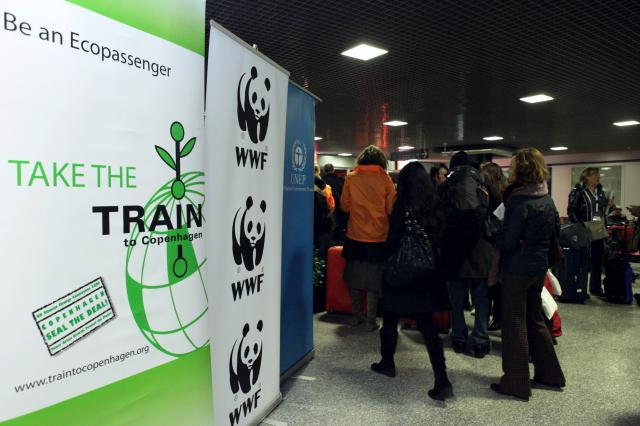 Departure of the special train Climate Express to the Copenhagen climate conference COP15