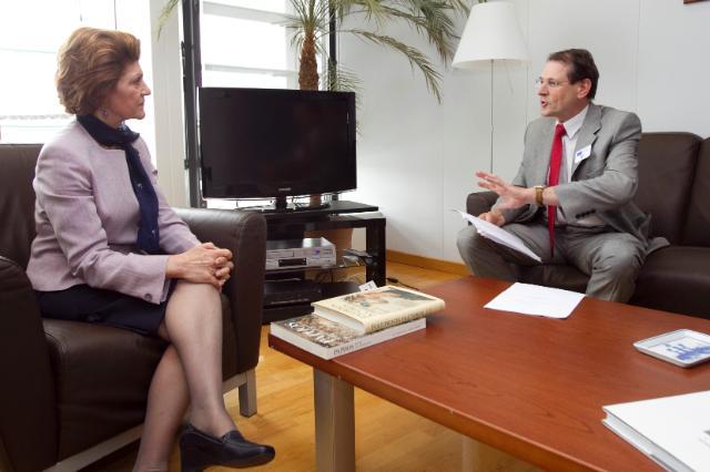 Visite de Jo Ritzen, président de l'Université de Maastricht, ancien ministre néerlandais de l'Éducation, de la Culture et des Sciences, à la CE