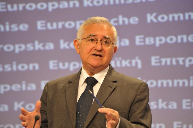 Press conference by John Dalli, Member of the EC, on the Novel Food Regulation