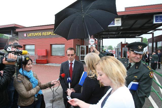 Visite d'Algirdas Šemeta, membre de la CE, du poste d'inspection frontalier de Panemunė, entre la Lituanie et la Russie