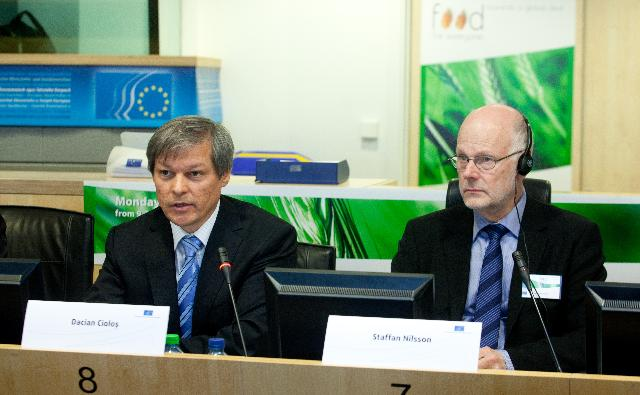 Participation de Dacian Cioloş, membre de la CE, à la conférence  Food for Everyone - Toward a global deal