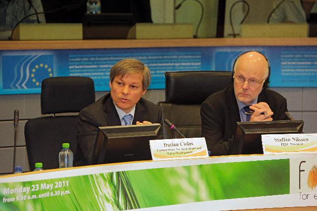Participation of Dacian Cioloş, Member of the EC, at the conference Food for Everyone - Toward a global deal