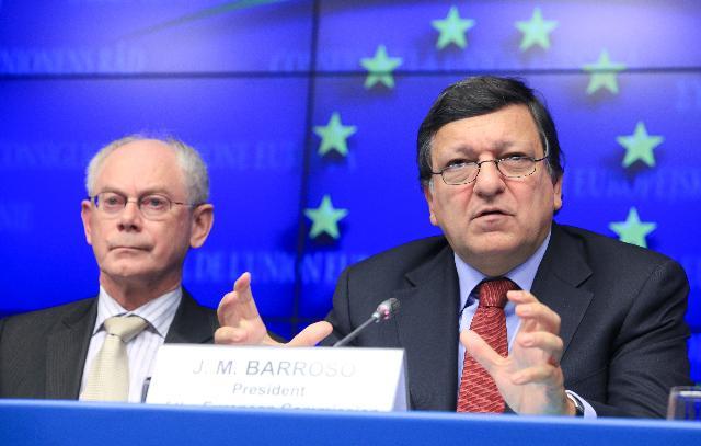 Participation de José Manuel Barroso, président de la CE, au sommet social tripartite