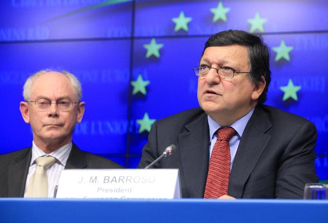 Participation of José Manuel Barroso, President of the EC, in the Tripartite Social Summit