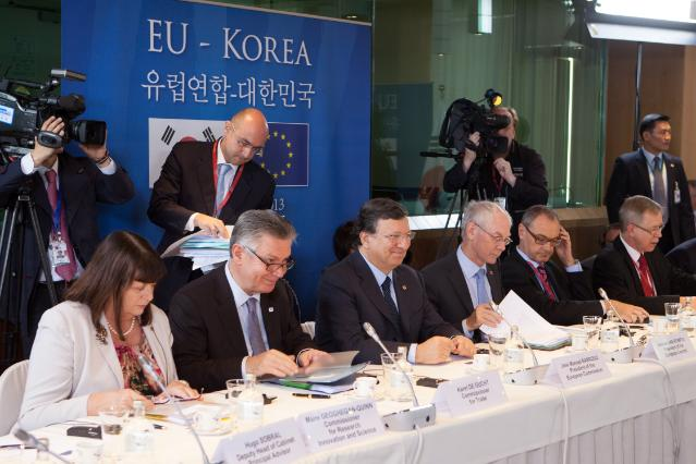 EU/South Korea Summit, 08/11/2013