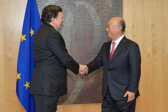 Visite d'Yukiya Amano, directeur général de l'Agence internationale de l'énergie atomique, à la CE