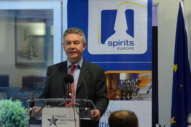 Participation de Karel De Gucht, membre de la CE, au lancement de la publication 'Spirits: a European power house for trade'