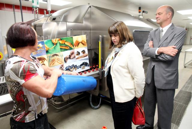 Visite de Máire Geoghegan-Quinn, membre de la CE, au Canada