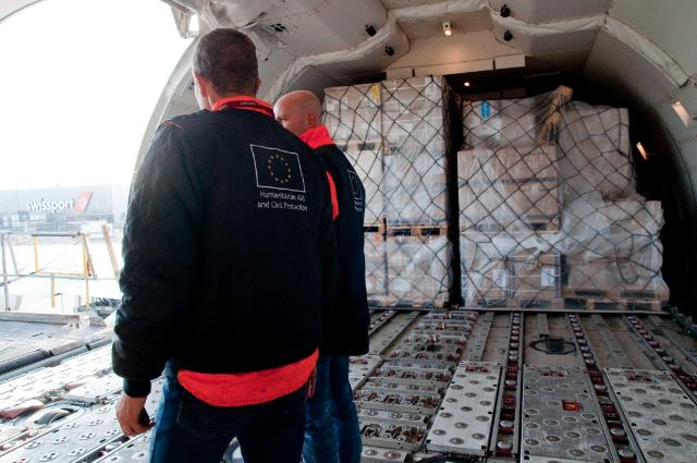 Ebola: Airlift operation to West Africa organized by the EU