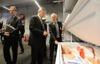 "Illustration of ""Visit of Tonio Borg, Member of the EC, to a food retailers"""