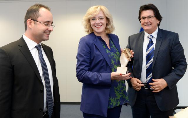Visit of Cristian-Silviu Buşoi, Member of the EP, Nicolae Robu, Mayor of Timișoara, to the EC