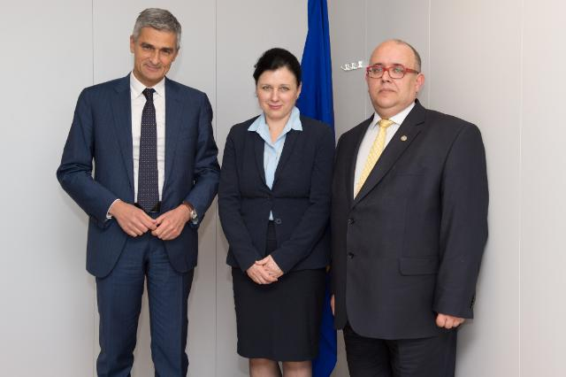 Visite de Giovanni Buttarelli, contrôleur européen de la protection des données, et Wojciech Wiewiórowski, contrôleur européen adjoint de la protection des données, à la CE