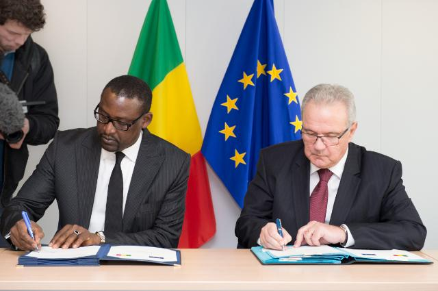 Signing ceremony of the National Indicative Programme for Mali for the 2014-2020 period