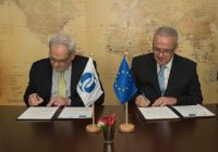 Signing of the Framework Administrative Agreement between the EBRD and the EC by Philippe Le Houérou, on the left, and Neven Mimica