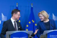 Joint press conference by Jyrki Katainen, Vice-President of the EC, Corina Creţu, Member of the EC, and Ambroise Fayolle, Vice-President of the EIB, on the publication of a brochure on combining ESI Funds with the EFSI