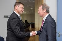 Visit of Hans-Walter Peters, President of the Association of German Banks, to the EC