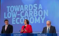 Conférence de presse conjointe de Maroš Šefčovič, vice-président de la CE, Miguel Arias Cañete et Violeta Bulc, membres de la CE, sur un ensemble de mesures destinées à accélérer la transition de l'Europe vers une économie à faible intensité de carbone, dans tous les secteurs
