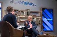 Interview en direct de Jean-Claude Juncker, président de la CE, pour Youtube et Euronews